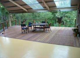 Finished Deck 140 x 19 Spotted Gum